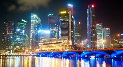 Ночные огни Сингапура